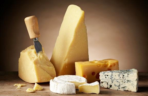 Bergamo capitale del formaggio: 9 dop su 50 in Italia